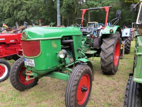 Foto van een Deutz D40S , oldtimerdag Itterbeck 17-06-2018. Geplaatst door oldtimergek op 19-07-2018 om 22:40:28, op TractorFan.nl - de nummer 1 tractor foto website.