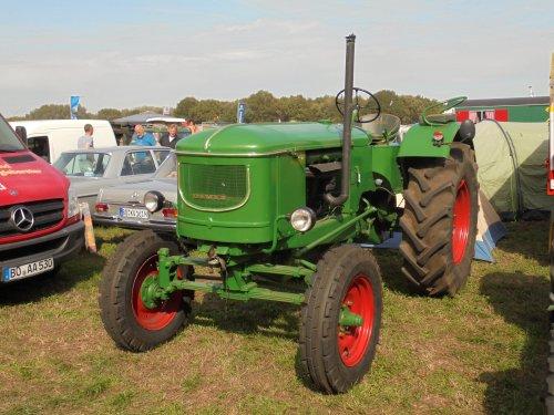 Foto van een Deutz F4L514, Meddo 2018. Geplaatst door holderb51 op 21-09-2018 om 20:17:44, op TractorFan.nl - de nummer 1 tractor foto website.