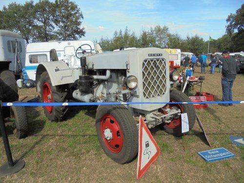 Foto van een Deutz F3M317, Meddo 2018. Geplaatst door holderb51 op 25-09-2018 om 18:51:18, op TractorFan.nl - de nummer 1 tractor foto website.
