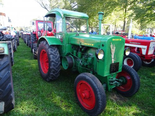 Foto van een Deutz F2M417 Oldtimertoertocht Zelhem 30-09-2018.. Geplaatst door dickt op 06-10-2018 om 18:56:01, op TractorFan.nl - de nummer 1 tractor foto website.