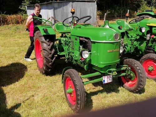 Foto van een Deutz D25. Geplaatst door dries-dekeerle op 06-12-2018 om 12:46:42, op TractorFan.nl - de nummer 1 tractor foto website.