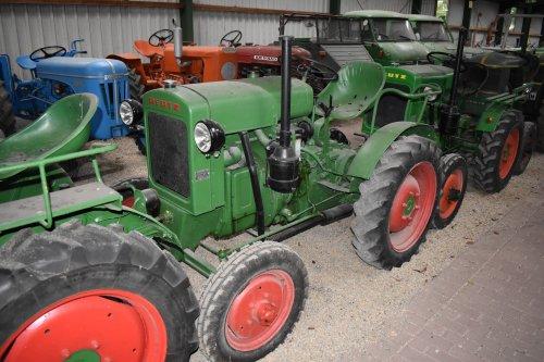 Foto van een Deutz F1M414. Geplaatst door jordi 1455 op 20-06-2019 om 23:04:59, op TractorFan.nl - de nummer 1 tractor foto website.