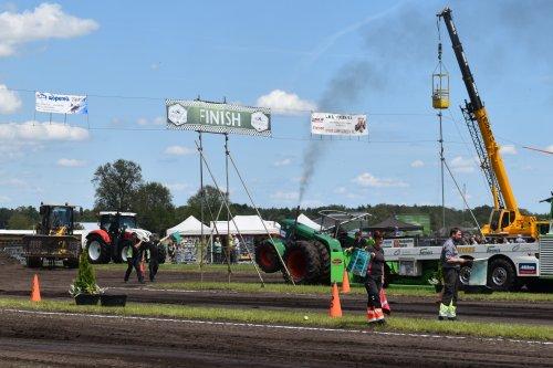 Foto van een Deutz D13006. Geplaatst door jordi 1455 op 02-07-2019 om 18:59:58, op TractorFan.nl - de nummer 1 tractor foto website.