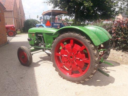 Foto van een Deutz D40s vandaag in Belsele.. Geplaatst door stijn-de-bock op 07-07-2019 om 21:03:54, op TractorFan.nl - de nummer 1 tractor foto website.