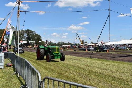 Foto van een Deutz F6L514. Geplaatst door jordi 1455 op 18-07-2019 om 17:42:42, op TractorFan.nl - de nummer 1 tractor foto website.