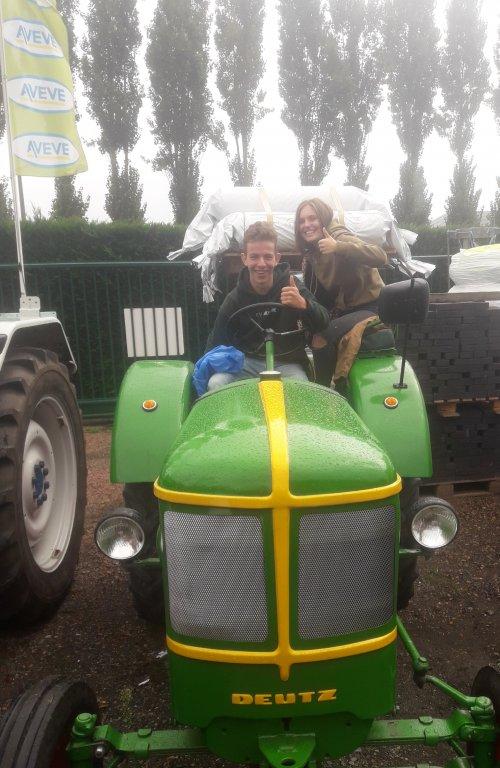 Tractorwijding melsele.. Geplaatst door stijn-de-bock op 07-09-2019 om 14:52:25, op TractorFan.nl - de nummer 1 tractor foto website.