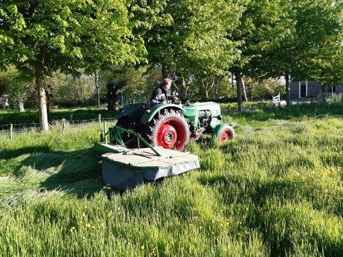 Foto van een Deutz D4005. Geplaatst door deutz110 op 06-05-2020 om 22:37:03, op TractorFan.nl - de nummer 1 tractor foto website.