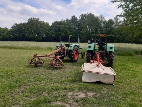 Deutz 4006 met pz135 en Deutz D25 met strela schudder. Het is wat vroeg, maar ik ga proberen een halve hectare te hooien!