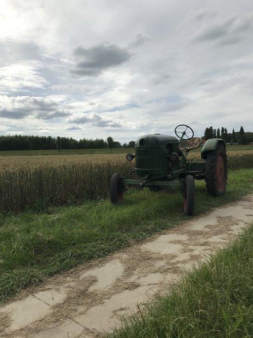 Foto van een Deutz F1L612. Geplaatst door twand2505 op 22-07-2020 om 17:19:40, op TractorFan.nl - de nummer 1 tractor foto website.