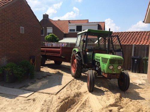 Foto van een Deutz D5206. Geplaatst door Henk Deutz op 24-02-2021 om 21:10:40, op TractorFan.nl - de nummer 1 tractor foto website.