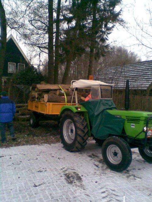 zaterdag wagen hout gehaald. Geplaatst door Rick Stroet op 07-01-2009 om 20:50:01, met 7 reacties.