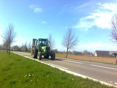 Foto van een Deutz D7207.. Geplaatst door cas janssen op 09-04-2011 om 17:03:47, op TractorFan.nl - de nummer 1 tractor foto website.
