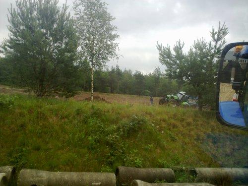 Foto van een Deutz Sjomp, bezig met kilveren.. Geplaatst door marcelihc844s op 16-06-2011 om 19:51:47, met 5 reacties.