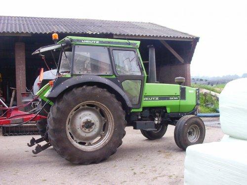 onze dikke 90. Geplaatst door benniebokworst op 10-06-2007 om 04:36:16, op TractorFan.nl - de nummer 1 tractor foto website.