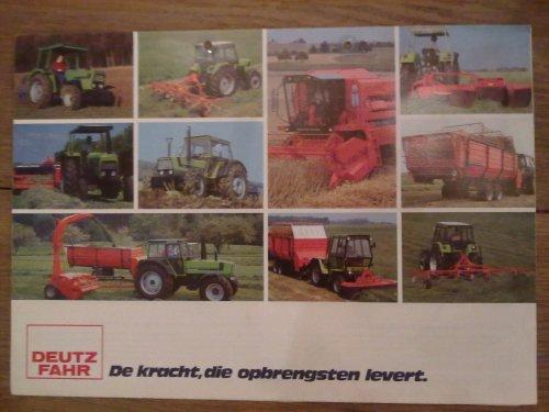 Foto van een Deutz Meerdere, bezig met gras hakselen. Folder uut olde doos. Geplaatst door EP_MWM_power op 05-03-2012 om 22:59:33, met 2 reacties.