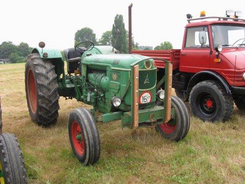 Foto van een Deutz D80.tijdens de landbouwdag in Schoondijke.. Geplaatst door collin ihfan op 12-07-2014 om 22:41:29, met 3 reacties.