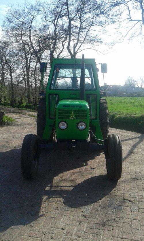 Foto van een Deutz D7206, bezig met poseren.. Geplaatst door jaap-paulusma op 16-04-2015 om 21:41:10, op TractorFan.nl - de nummer 1 tractor foto website.