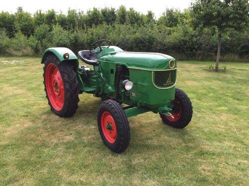 Foto van een Deutz D3005, is tevens te koop! , voor prijs of informatie pb. Geplaatst door frankd3005 op 15-06-2015 om 09:35:39, op TractorFan.nl - de nummer 1 tractor foto website.