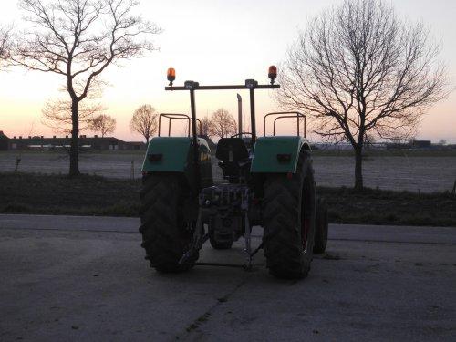 Foto van een Deutz D7506, bezig met poseren.. Geplaatst door deutz7006 op 17-10-2015 om 19:24:31, op TractorFan.nl - de nummer 1 tractor foto website.
