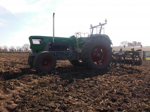 Foto van een Deutz D7506, bezig met poseren.. Geplaatst door deutz7006 op 17-10-2015 om 19:25:17, op TractorFan.nl - de nummer 1 tractor foto website.