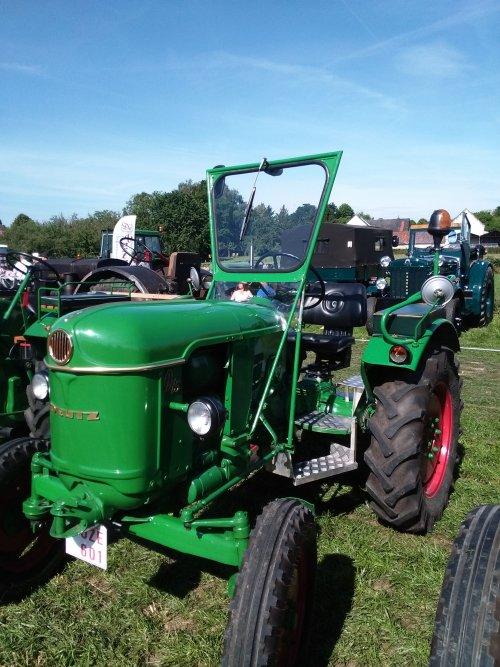 Foto van een Deutz D15. Geplaatst door erik9831 op 18-04-2016 om 11:00:40, op TractorFan.nl - de nummer 1 tractor foto website.