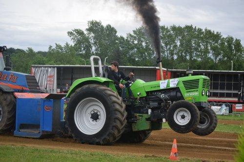 trekkertrek Bekkevoort. Geplaatst door jd7920 op 22-05-2016 om 19:13:29, op TractorFan.nl - de nummer 1 tractor foto website.