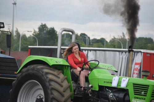 trekkertrek Bekkevoort. Geplaatst door jd7920 op 22-05-2016 om 19:13:45, op TractorFan.nl - de nummer 1 tractor foto website.