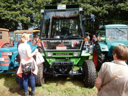 Foto van een Deutz Intrac 2004. Geplaatst door jans-eising op 15-08-2016 om 21:48:41, op TractorFan.nl - de nummer 1 tractor foto website.