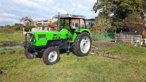 Foto van een Deutz D7206. Geplaatst door jippe op 09-11-2016 om 20:59:48, op TractorFan.nl - de nummer 1 tractor foto website.