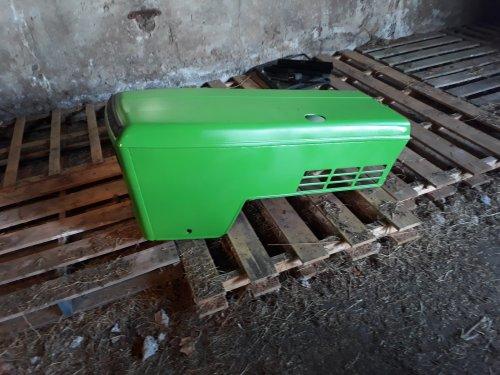 Deutz-Fahr D 7807 C van boskje