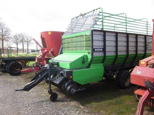 Foto van een Deutz-Fahr K 570. Geplaatst door jordi 1455 op 28-04-2018 om 22:47:11, op TractorFan.nl - de nummer 1 tractor foto website.