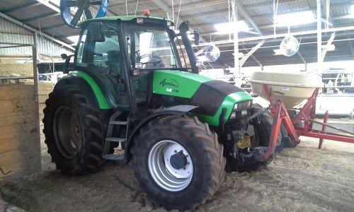 Foto van een Deutz-Fahr Agrotron 130. Geplaatst door dobbe op 21-06-2018 om 22:05:50, op TractorFan.nl - de nummer 1 tractor foto website.