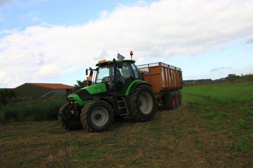 Foto van een Deutz-Fahr Agrotron 130. Geplaatst door alfredo op 14-01-2019 om 14:30:30, op TractorFan.nl - de nummer 1 tractor foto website.