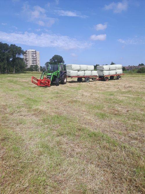 Foto van een Deutz-Fahr D 5207 C. Geplaatst door deutz6007 op 30-06-2019 om 13:21:16, op TractorFan.nl - de nummer 1 tractor foto website.