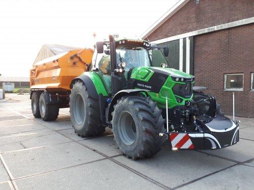 Foto van een Deutz-Fahr Agrotron 6185 van Loon en Verhuurbedrijf Fred De Haaij (lekkerkerk) ×.. Geplaatst door brullebak op 05-09-2019 om 20:34:42, op TractorFan.nl - de nummer 1 tractor foto website.