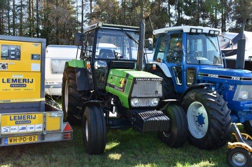 Foto van een Deutz-Fahr DX 4.51. Geplaatst door jordi 1455 op 01-10-2019 om 18:00:37, op TractorFan.nl - de nummer 1 tractor foto website.