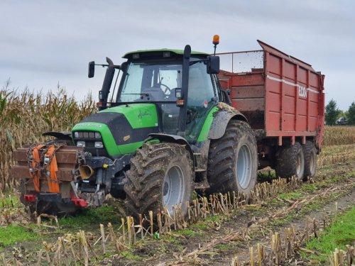 Foto van een Deutz-Fahr Agrotron 150. Geplaatst door GROENEDEERE op 28-10-2019 om 19:14:02, op TractorFan.nl - de nummer 1 tractor foto website.