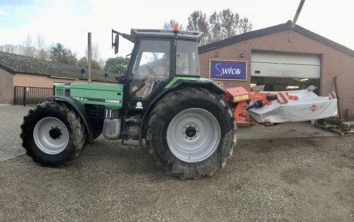 Maaier zuiver voor de winter 😅. Geplaatst door deutz dx 470 op 16-11-2019 om 19:09:25, op TractorFan.nl - de nummer 1 tractor foto website.