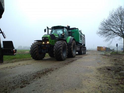Foto van een Deutz-Fahr Agrotron TTV 7250. Geplaatst door NewHollandT6010 op 03-01-2020 om 19:07:41, op TractorFan.nl - de nummer 1 tractor foto website.