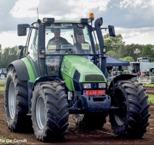 Foto van een Deutz-Fahr Agrotron 150  Deutz-Fahr# Agrotron # tractorpulling # pullingteam Waasland. Geplaatst door Van Duyse Robben  op 23-03-2020 om 22:28:47, met 3 reacties.