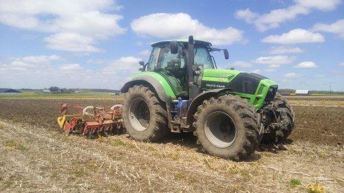 Deutz-Fahr Agrotron TTV 7250 van Grazy