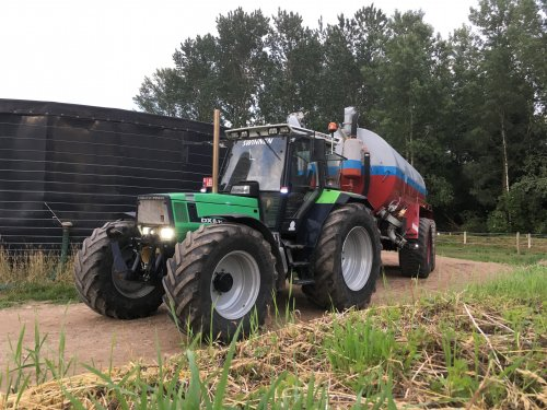 Deutz-Fahr DX 6.31 van deutz dx 470