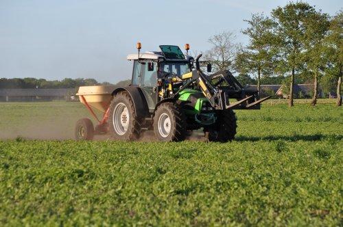 Deutz-Fahr Agrofarm 100 van agrofarm