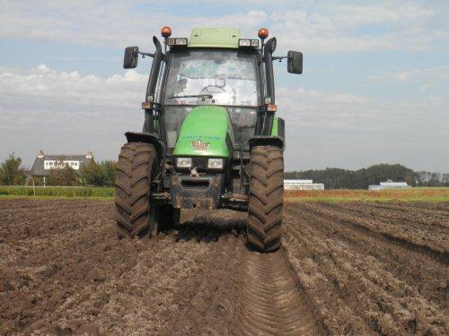 Deutz-Fahr Agrotron 106 van kosdeutz