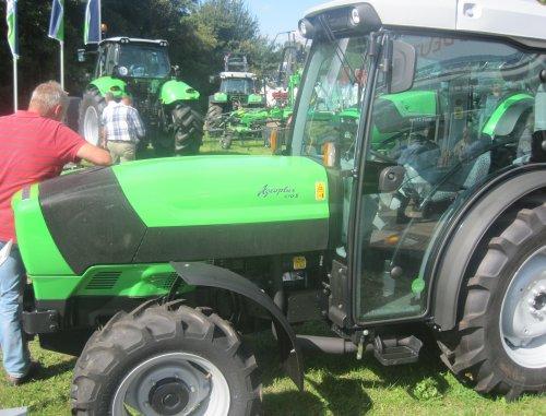 Foto van een Deutz-Fahr Agroplus.. Geplaatst door jordi 1455 op 14-09-2012 om 18:13:18, op TractorFan.nl - de nummer 1 tractor foto website.