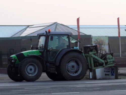 Deutz-Fahr Agrofarm 420 van warmerbros