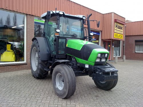 Deutz-Fahr Agrofarm 420 van loki0134