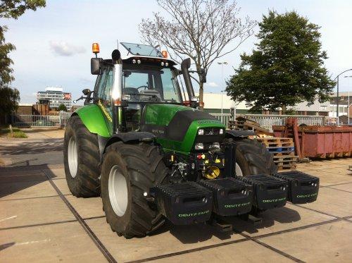 Deutz-Fahr Agrotron TTV 620 Special van tractorfanbart