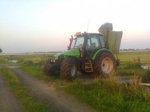Deutz-Fahr Agrotron 110 van brullebak