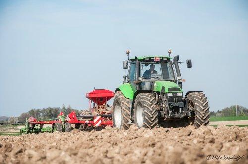 Picture Deutz-Fahr Agrotron 200